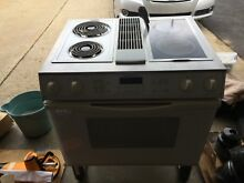 JennAir DownDraft Electric Range  Mod SEV47600W  comes with  5 optional burners