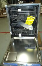 Viking Dishwasher Model FDB451