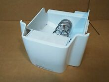 USED GE REFRIGERATOR ICE BIN  AUGER PART  WR17X12079