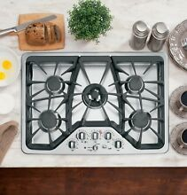 GE Caf  Series 30  5 Burner Built In Gas Cooktop CGP350SETSS