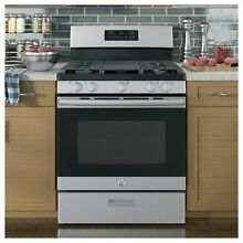 30  Free Standing Gas Range with Griddle   Stainless Steel
