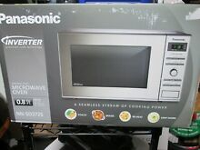 Panasonic Microwave Oven NN SD372S Stainless Steel Countertop BRAND NEW