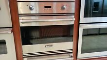 RVSO3330SS VIKING 30  SINGLE WALL OVEN DISPLAY MODEL