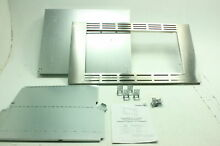 Panasonic 27  Trim Kit for 1 6 cuft  Stainless Steel Microwave Ovens NN TK722SS