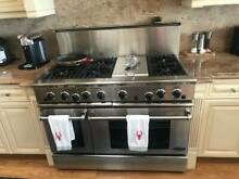 DCS 48  Pro Style Range 6 Burner and one Grill w  cover
