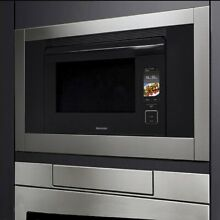 SUPERSTEAM  SUPER HEATED STEAM AND CONVECTION BUILT IN WALL OVEN Model SSC3088AS