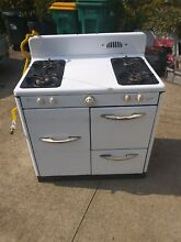 Vintage Grand Gas Range  Working Burners and Oven