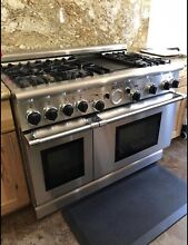 Thermador Professional Gas Range w 6 burners  grill  double oven   hood