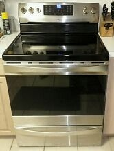 Kenmore  95053  smooth top convection oven with 3 year Sears warranty