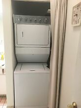 Maytag Stackable washer dryer like   NEW   750   323 270 1477 6 x32 x27
