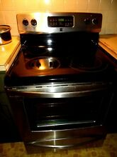 Appliance  Nearly new Stainless Steel Electric with Dual Fuel Kitchen Stove