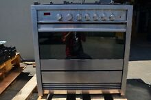 Fisher   Paykel 36  Stainless Steel 5 Burner Convection Gas Range OR36SDBMX1
