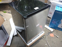 GE Gce 06 Gshsb Spacemaker Compact Refrigerator Stainless Steel