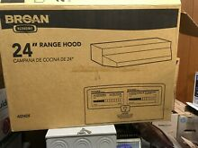 Broan 412401 Non Ducted Under Cabinet Range Hood   24  White New in Box