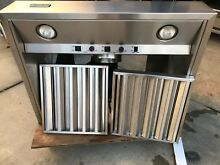 Viking 30  Stainless hood with baffles and 650 cfm blower in LA