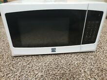 Kenmore Microwave Oven   White