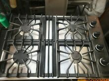 Viking 30   161  Stainless  black or white   Gas Cooktop   in los angeles