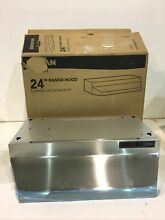 Broan 24 in  Under Cabinet Range Hood with Light in Stainless Steel New