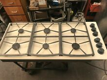46  Dacor  Off White  GAs Cooktop  in Los Angeles