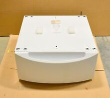 GE Laundry Pedestal 28  GFP1328SKWW LOCAL PICKUP ONLY GA  QRQ905