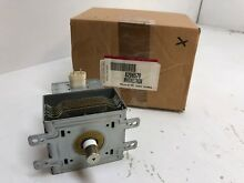 8206570 WHIRLPOOL MICROWAVE MAGNETRON  NEW PART