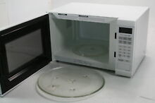 Panasonic NN SN651WAZ Countertop Microwave Inverter Technology 1200W White