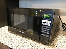 Panasonic NN SN651B 1200 Watt Microwave Oven Black  in excellent condition