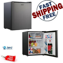 Compact Refrigerator for Dorm  Exercise Game Room Mini Office Garage F