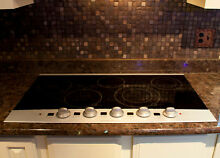 Frigidaire 36 in  Electric Smooth Surface Radiant Cooktop 1 burner needs repair