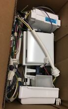 Genuine Whirlpool W10882923 Refrigerator Ice Maker Assembly Free Shipping