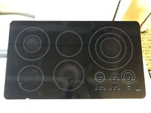Wolf 36 inch electr  cooktop model ct36eu with 5 elements and 9 zones  Pre owned