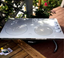 FRIGIDAIRE   COOKTOP ELECTRIC GOOD CONDITION WHITE COLOR