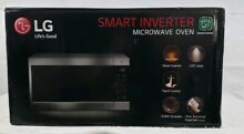 LG NeoChef 2 0 Cu  Ft  Countertop Microwave Oven Smart Inverter LMC2075ST