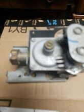 Maytag Dryer Gas Valve  3 06084 306084  used new coils