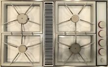 Jenn Air Gas Downdraft Cooktop 4 Burner Model CVG2420W   Natural Gas or Propane
