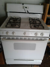 GAS STOVE RANGE MADE BY GE