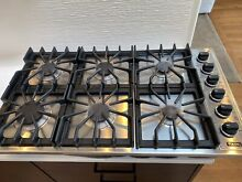 36  Viking 6 Burner Range Top In Good Condition  Includes Down Draft