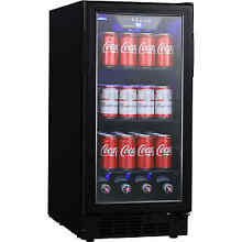 EdgeStar BBR901BL   Beverage Center Refrigerators