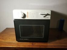 Sharp Carousel II Microwave Oven Model R 1M53 Compact  Dorm  RV