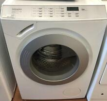 Miele Front Load Washer machine 000957
