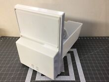 GE Refrigerator Ice Bucket Container Assembly P  WR30X257 WR17X10375