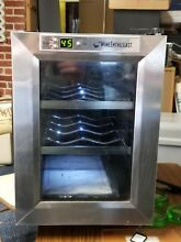 Wine Chiller Mini Cooler  6 Bottle  Wine Enthusiast   Fridge Champagne Beer