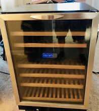 Danby Silhouette 51 Bottle Dual Zone wine cooler Slide out Shelves Nice Cond