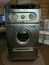 Western Holly Wall Oven   24  wide