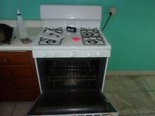 Hotpoint Range Stove Oven Model RGB525DED2WW USED