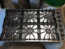 Viking Professional 36  Gas Cooktop Stainless Steel   Black 6 Burner Natural Gas