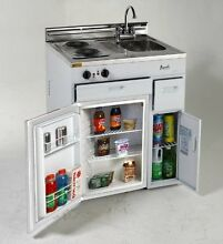 Avanti CK3016   30  Complete Compact Kitchen with Refrigerator