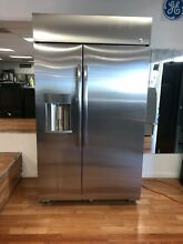48  GE Profile 28 7 cu ft Built in Side by Side Refrigerator with Ice Maker