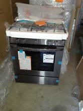 LG   5 4 Cu  Ft  Freestanding Gas Convection Range   Black stainless