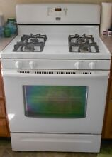 MAYTAG GAS STOVE  SELF CLEANING  WORKS GREAT  4 BURNER  WHITE
